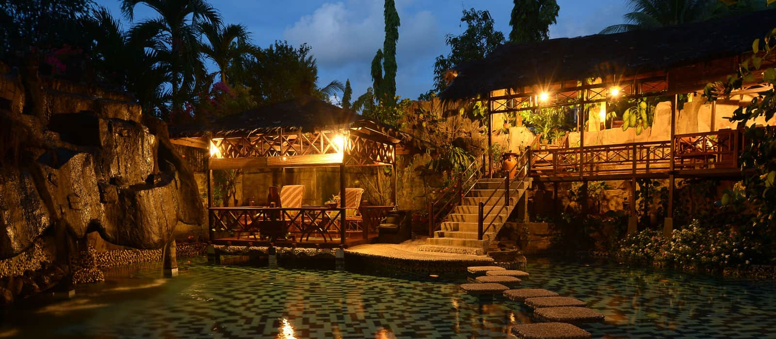 Matana Spa at night